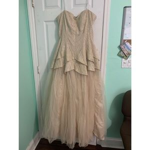 Nude/Tan Prom Dress